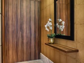 Amis Arquitetura e Decoração Modern Corridor, Hallway and Staircase