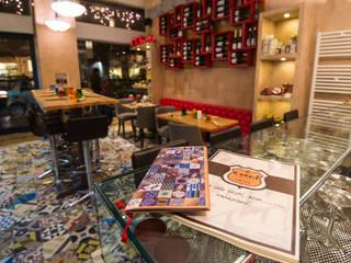 E.Vent Mosaic del Sur Bar & Club in stile mediterraneo