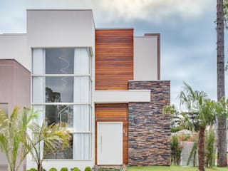 Houses by Angelica Pecego Arquitetura,