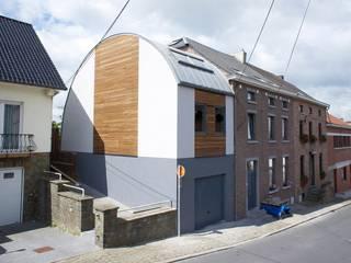 Bureau d'Architectes Desmedt Purnelle Casas de estilo ecléctico