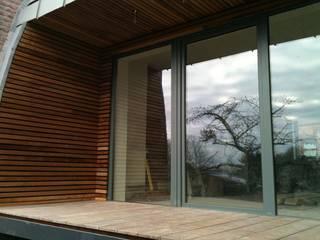 Bureau d'Architectes Desmedt Purnelle Eclectic style houses Wood