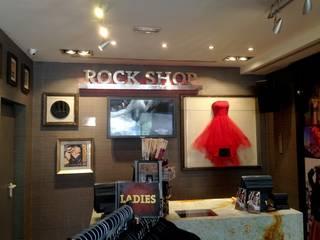 Hard Rock Café: Oficinas y Tiendas de estilo  de Ilumiancion led en Malaga | Proyectos