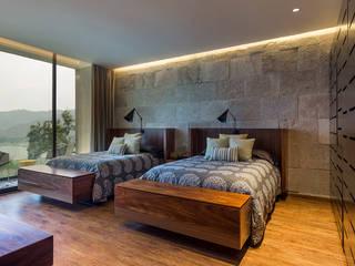 BURO ARQUITECTURA Modern style bedroom