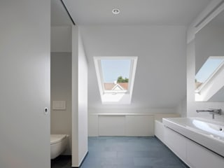 Modern Bathroom by Forsberg Architekten AG Modern