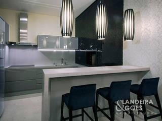 Landeira & Goes Arquitetura Modern style kitchen