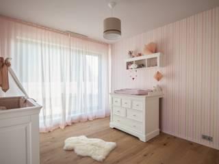 BESPOKE GmbH // Interior Design & Production Chambre d'enfant moderne
