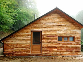 CALET s.r.l. Rustic style hotels Wood