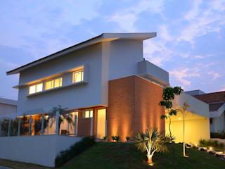 Casas modernas de Cabral Arquitetura Ltda. Moderno