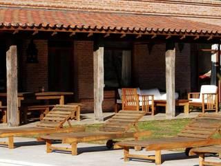 Moderne Häuser von Aulet & Yaregui Arquitectos Modern
