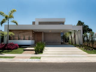 Casa Térrea - contemporânea: Casas  por Camila Castilho - Arquitetura e Interiores
