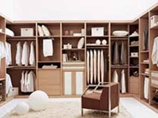Bedroom by Urpime cocinas y complementos. S.L.