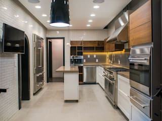 Modern kitchen by TW/A Architectural Group Modern