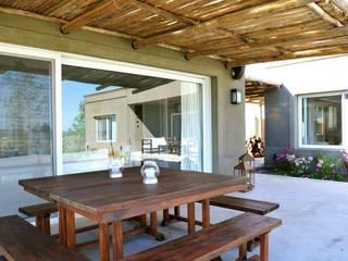 Modern conservatory by Aulet & Yaregui Arquitectos Modern