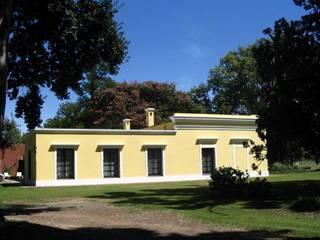Von Neufforge Casas coloniales de Aulet & Yaregui Arquitectos Colonial