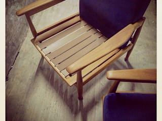 60´s Guy Rogers Reclinable Easy Chairs:   por Retro Wood