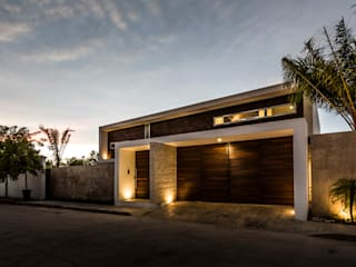 Houses by P11 ARQUITECTOS, Modern