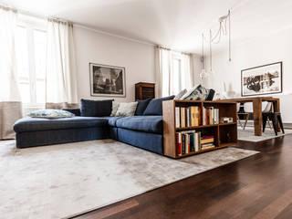 Ruang Keluarga Modern Oleh Galleria del Vento Modern