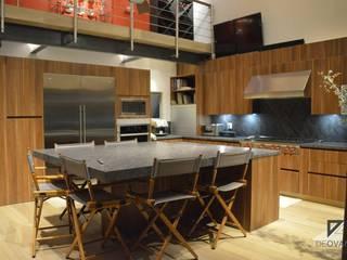 Modern dining room by De Ovando Arquitectos Modern