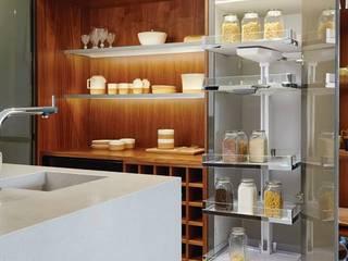 Luxo racional: Cozinhas modernas por FABRI