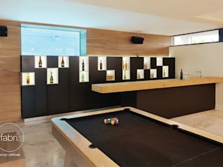 Ruang Penyimpanan Wine/Anggur Modern Oleh FABRI Modern