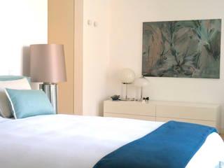 Uma atmosfera leve e colorida Architect Your Home Quartos modernos