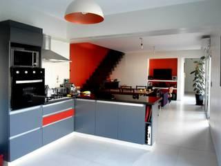Vivienda DLB - Tejas 2 (proyecto y obra): Cocinas de estilo  por ANDA arquitectos