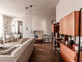 Living room by Galleria del Vento, Scandinavian