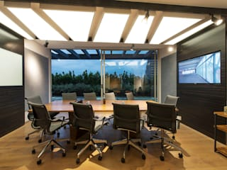 Study/office by Hansi Arquitectura ,