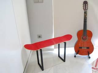 Skateboard Bench perfect for playing guitar skate-home EstudioSillas Rojo