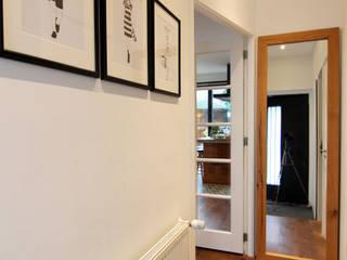 Bertus residency Moderne gangen, hallen & trappenhuizen van Diego Alonso designs Modern