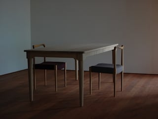ダイニングテーブルとチェアー②: bungalowが手掛けたです。,