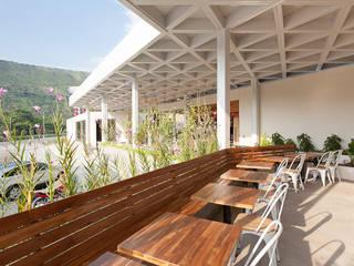 de ODA - Oficina de Diseño y Arquitectura Moderno