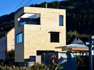 Minimalist house by Christoph Kalb Architekt Minimalist