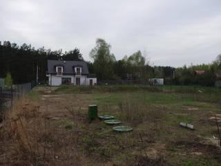 Założenie trawnika z siewu w ogrodzie koło Świdnika: styl , w kategorii  zaprojektowany przez BioArt Ogrody, Architektura Krajobrazu,