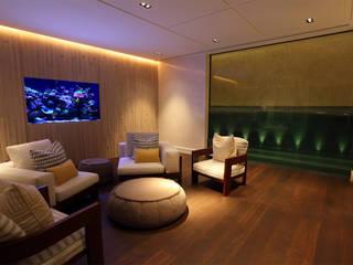Sumptuous Interior モダンスタイルの プール の Aquarium Architecture モダン