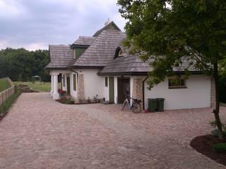 Ogród w stylu wiejskim pod Lublinem: styl , w kategorii Ogród zaprojektowany przez BioArt Ogrody, Architektura Krajobrazu,