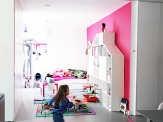 Habitaciones infantiles de estilo  por PROSTO architekci