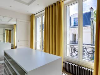 Moderne kleedkamers van ATELIER FB Modern