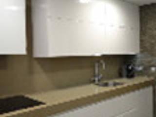 Ванные комнаты в . Автор – melmaydeco, Модерн