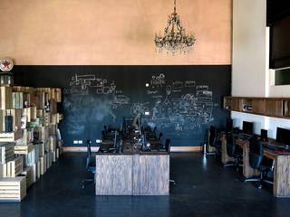 Geschäftsräume & Stores von Estudio Cebra, Industrial
