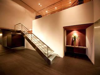 Corridor & hallway by grupoarquitectura