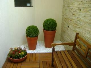 MC3 Arquitetura . Paisagismo . Interiores: minimal tarz tarz Kış Bahçesi
