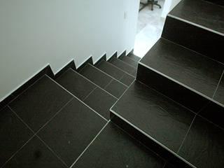 Oficina Suramericana De Arquitectura 經典風格的走廊,走廊和樓梯