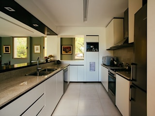 mercedes klappenbach Moderne Küchen Weiß
