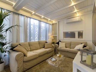 Modern living room by Fabio Carria Modern
