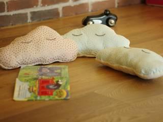 coussin tout doux en forme de nuage Les Idées Filent Chambre d'enfantsAccessoires & décorations