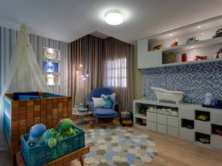 Quarto de crianças: Quarto infantil  por Das Haus Interiores - by Sueli Leite & Eliana Freitas