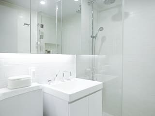 Scandinavian style bathroom by 샐러드보울 디자인 스튜디오 Scandinavian
