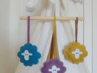 Mobile Bêêê les moutons rigolos par la boutique du bigorneau Éclectique