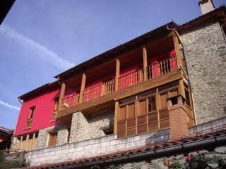 CASA RURAL EN LA MONTAÑA ASTURIANA Casas de estilo rural de Cienfuegos y Martinez. Arquitectos Rural